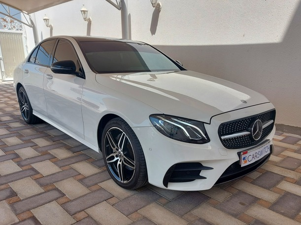 Used 2017 Mercedes E300 for sale in abudhabi