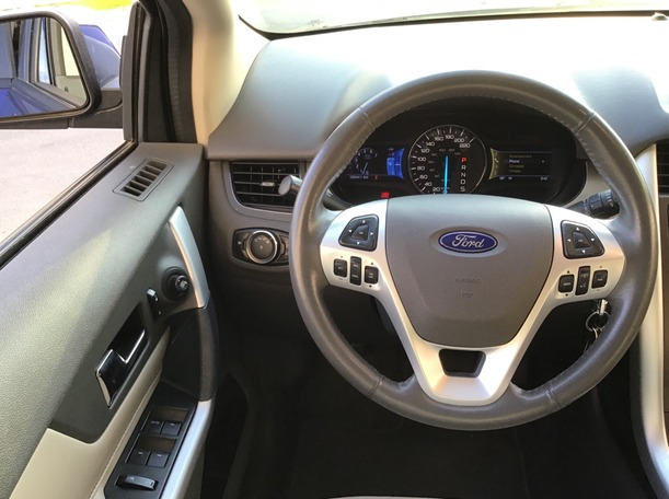 Used 2013 Ford Edge for sale in abudhabi
