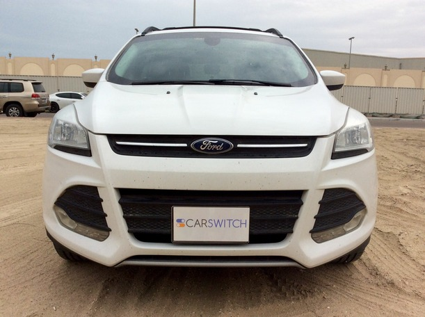 Used 2013 Ford Escape for sale in abudhabi