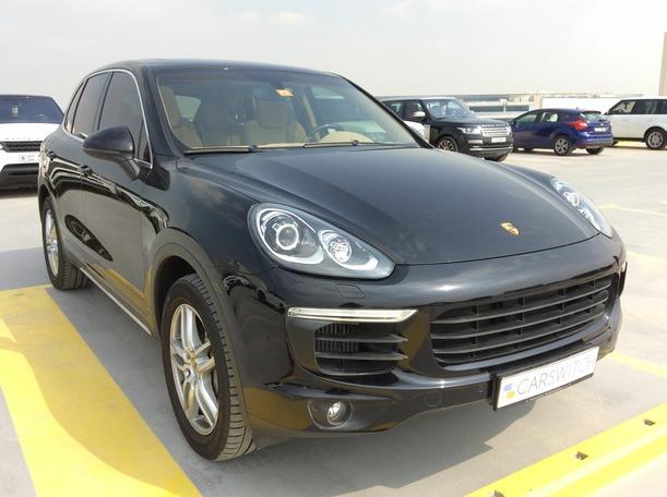 Used 2015 Porsche Cayenne S for sale in dubai