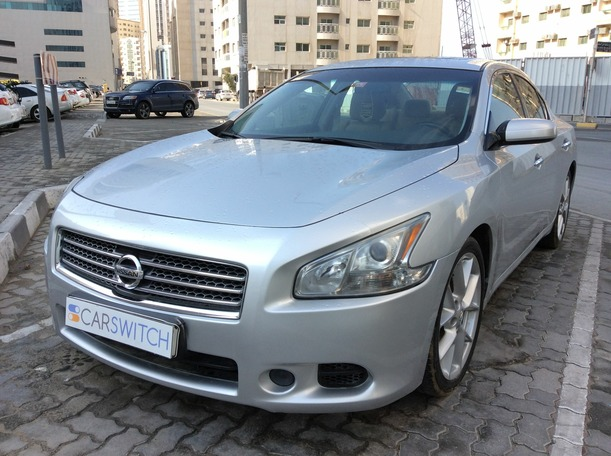 Used 2011 nissan Maxima for sale in sharjah