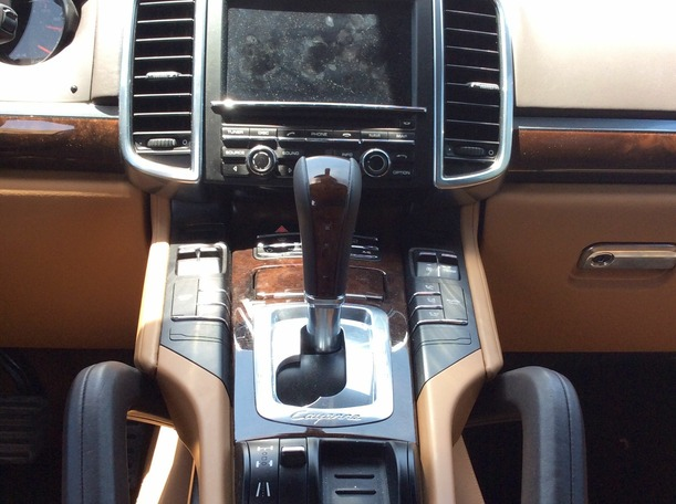 Used 2012 porsche Cayenne for sale in dubai