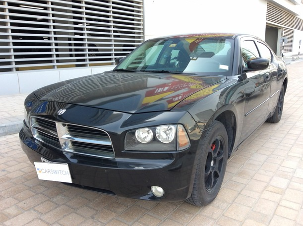 Used 2010 dodge Charger for sale in dubai