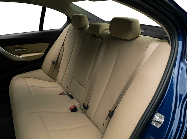 New 2018 BMW 318 for sale in dubai